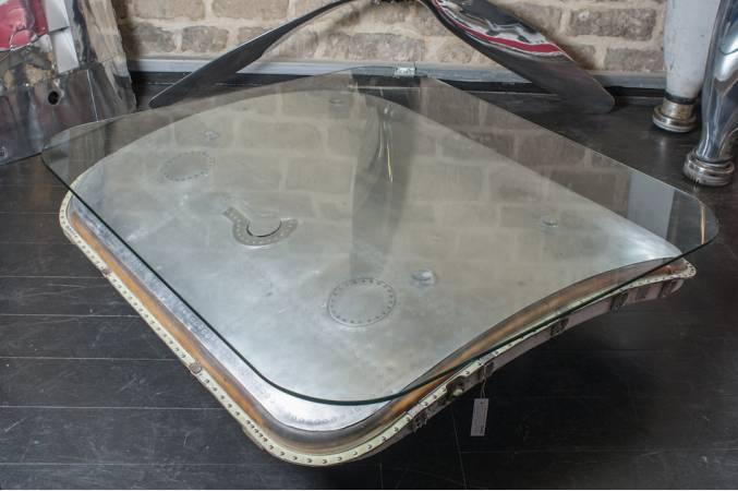 Douglas_DC9_grande_table_basse_vue_generale