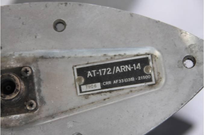 douglas_dakota_dc3_antenna_idendification_plate