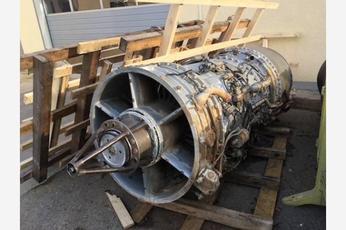 snecma-atar-101-G-SMB2-dassault-reacteur-decoratif-jet-engine-vue-avant
