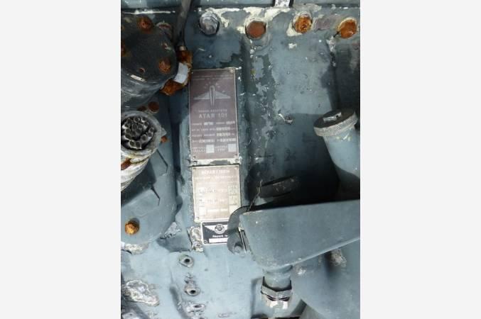 snecma-atar-101-G-SMB2-dassault-reacteur-decoratif-jet-engine-vue-plaque-authentication